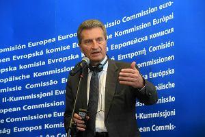 Wybory do Europarlamentu 2019. Unijny komisarz: Wierzę, że będą sankcje za łamanie praworządności