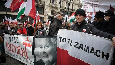 Miesięcznica smoleńska na Krakowskim Przedmieściu, Warszawa,  2013