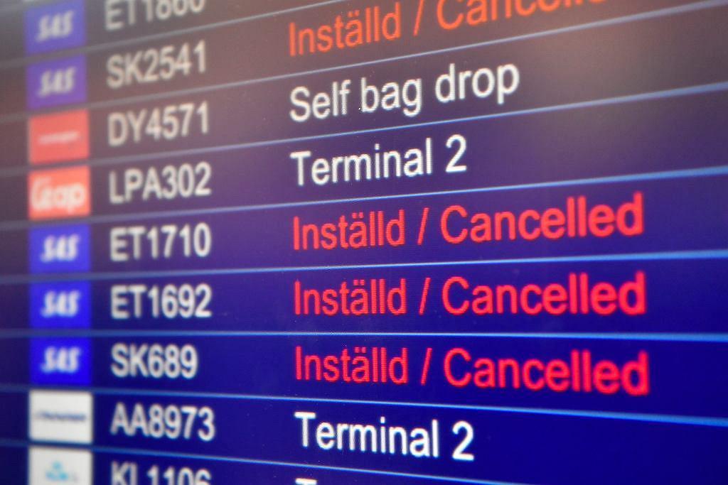 Odwołane loty (zdjęcie ilustracyjne)