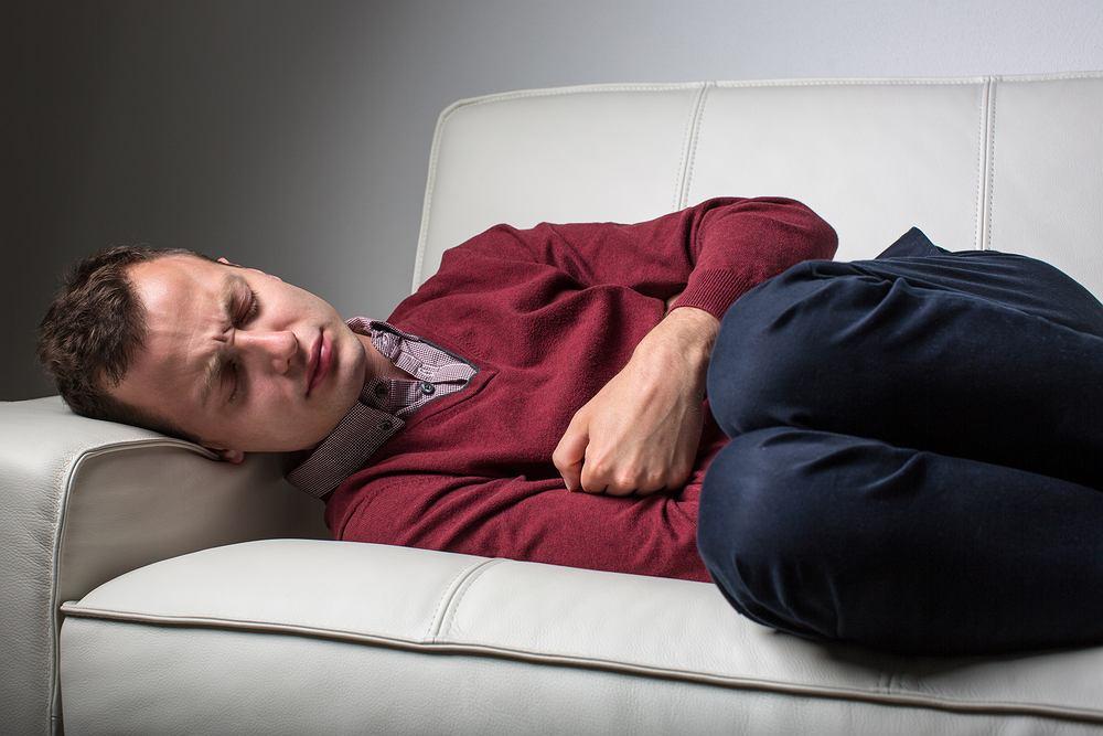 Do częstych objawów raka odbytu należą kolka jelitowa, która wywołuję natychmiastową potrzebę skorzystania a toalety bóle brzucha oraz w niektórych przypadkach także okolic krocza