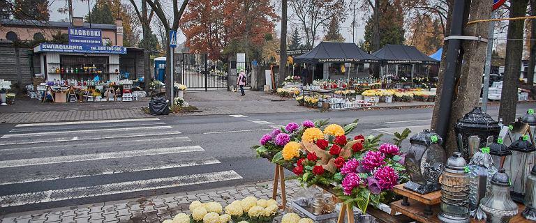 Terenowe oddziały rządowej agencji odkupią kwiaty od handlarzy