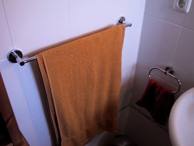 Od lat używasz tych samych ręczników? To błąd. 15 przedmiotów, które mają daty ważności