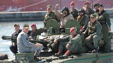Wenezuela. Nicolas Maduro w otoczeniu żołnierzy