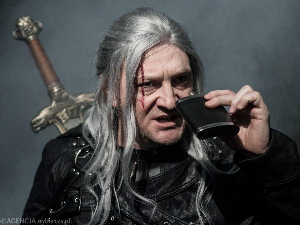 Juliusz Chrząstowski jako Wiedźmin Turbolechita