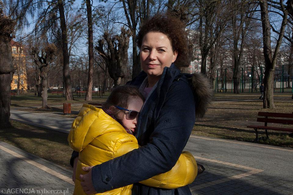 We wrześniu Anna Spisacka przeniosła swoją córkę Julkę do Specjalnego Ośrodka Szkolno-Wychowawczego nr 1 przy ul. Lutra. Teraz jest zaskoczona, że miasto nie chce dalej prowadzić tej szkoły