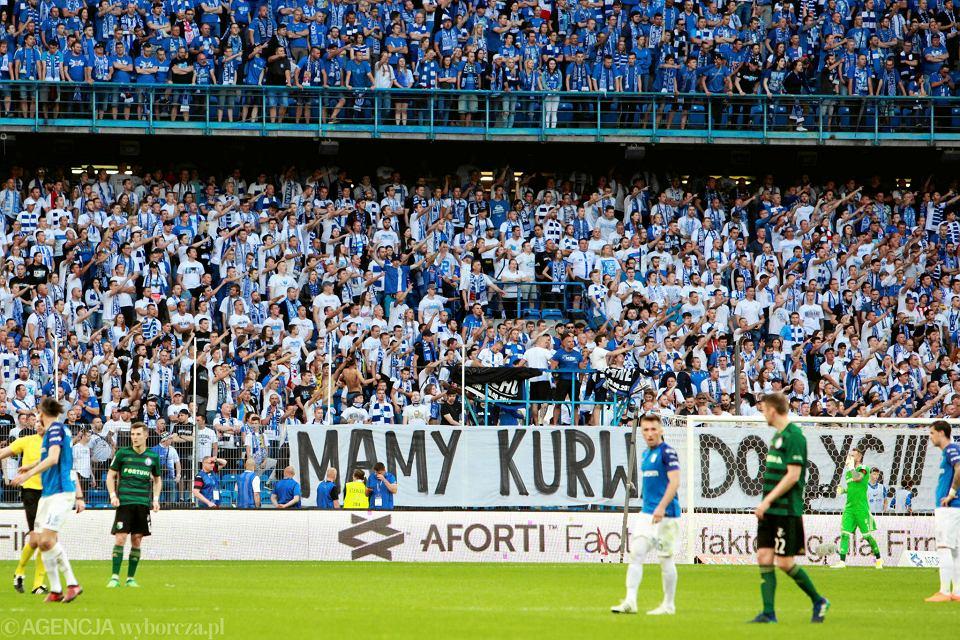 Kibice podczas meczu Lecha Poznań z Legią Warszawa