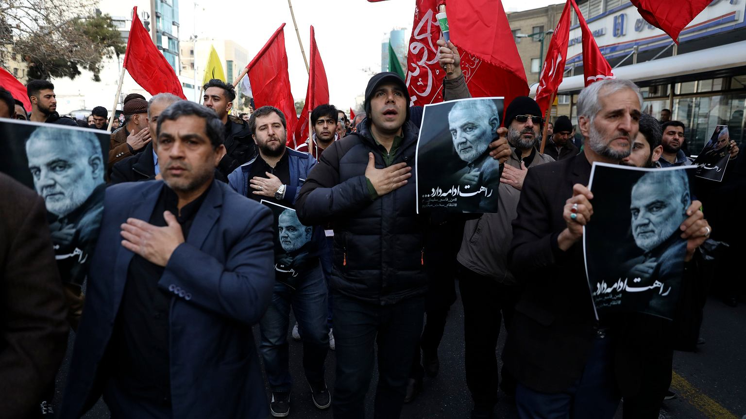 Iran. Tysiące protestujących domagają się