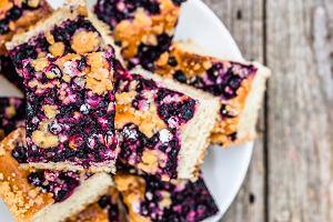 Ciasto z jagodami drożdżowe, kruche i jogurtowe - trzy propozycje na pyszny deser