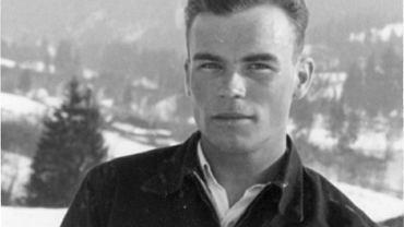 Marian Mokrski pełnił na ORP 'Orzeł' funkcję oficera nawigacyjnego.
