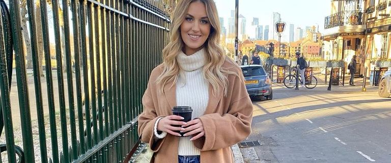 Tak będziemy nosić długie płaszcze w 2021 roku! TOP stylizacje, dzięki którym będziesz wyglądać modnie i elegancko