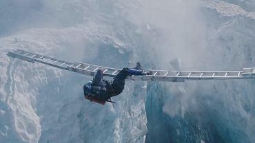 """Kadr z filmu """"Everest"""" opowiadającego historię Becka Weathersa"""