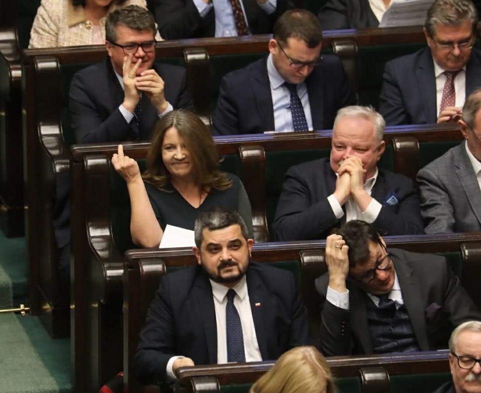 Joanna Lichocka w Sejmie podczas debaty nad pieniędzmi dla TVP