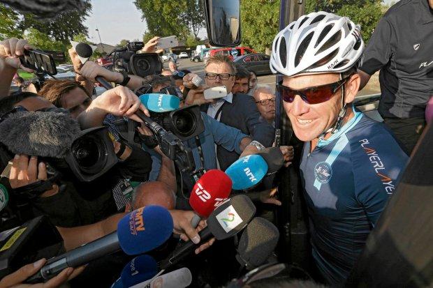 Tour de France. Armstrong wylądował