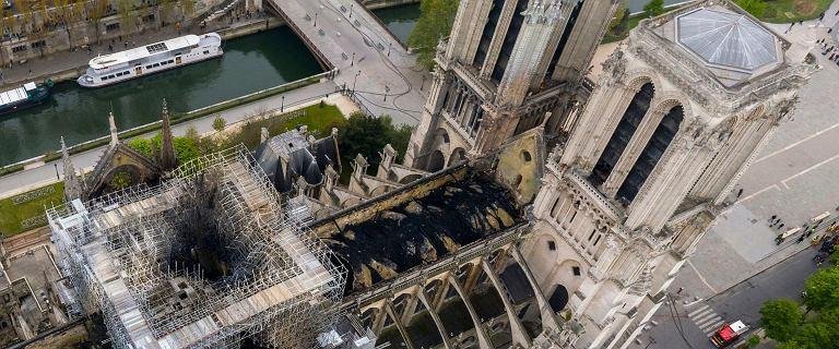 Pożar Notre Dame. Znamy wstępną przyczynę. Śledczy nie mogą wejść do środka