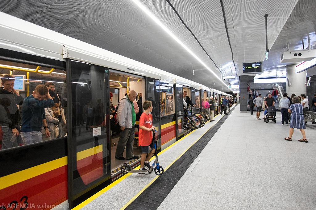 Stacje na Woli zostaną przyłączone do linii metra M2. Tymczasowe zmiany w rozkładach jazdy (zdjęcie ilustracyjne)