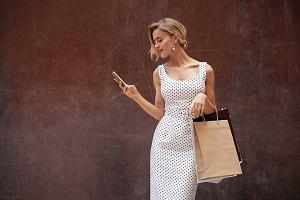 a3b5ab0622e Sukienka w groszki. Najpiękniejsze modele w stylu retro na co dzień!