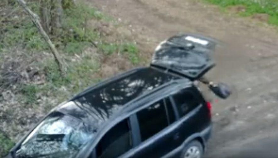 Kierowca SUV-a, który wyrzucił śmieci w Nadleśnictwie Kolbudy