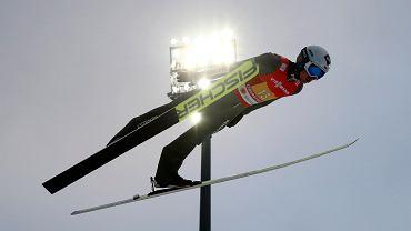 Kamil Stoch podczas drużynowego konkursu w Oberstdorfie