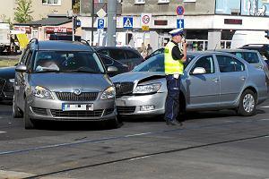 Kierowcy, trzymajcie się za kieszenie. Dla tych, co powodują stłuczki, ubezpieczenie OC pójdzie w górę