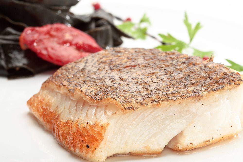 Dwustugramowy filet z halibuta dostarcza do organizmu aż 1500 mg metioniny