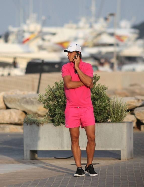 Rafael Nadal różowy