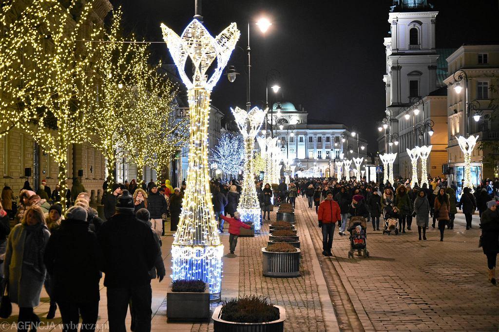 Świąteczna iluminacja na Trakcie Królewskim / FRANCISZEK MAZUR