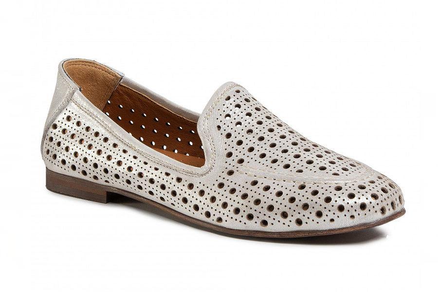 szare buty ażurowe