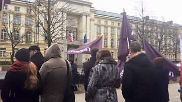 Protest pod KPRM