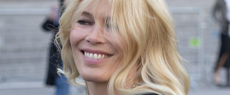 Claudia Schiffer w tym roku skończy 49 lat. Po tych zdjęciach w bikini widać, że czas się dla niej zatrzymał