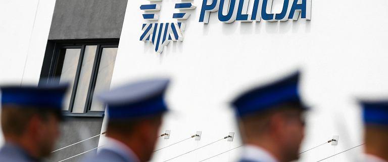 Policjant udostępniał zdjęcia z interwencji. Sprawą zajmie się prokuratura