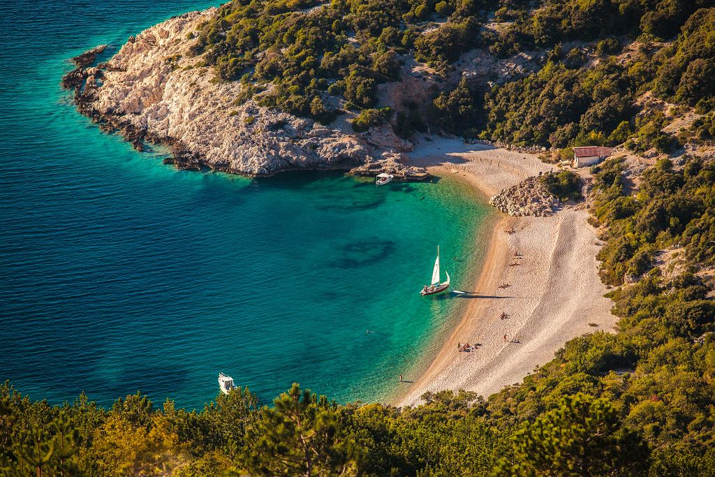 Plaża Sv. Ivan w miejscowości Lubenice na wyspie Cres to miejsce nieodkryte