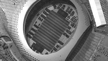 Chińskie wojsko na stadionie w Shenzen - zdjęcie satelitarne