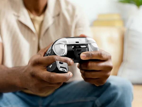 Pomysł na ładowanie baterii do pada Xboxa