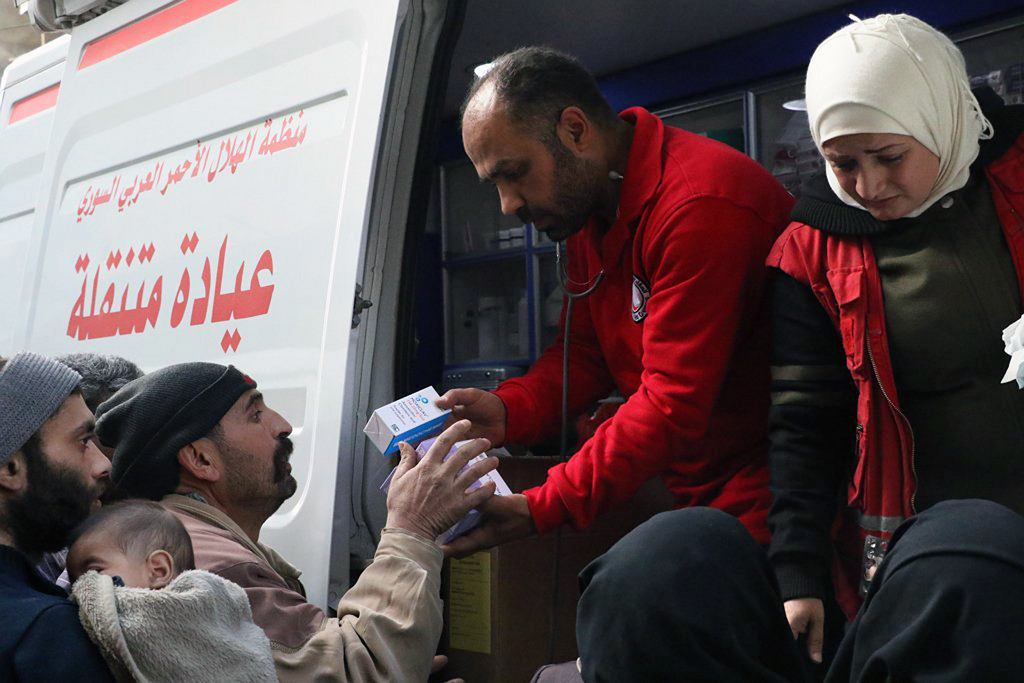 Konwój z pomocą we Wschodniej Gutcie w Syrii
