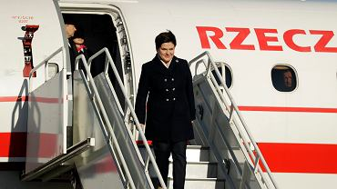 Tupolewizm:Premier Beata Szydło na lotnisku w Londynie, 28.11.2016
