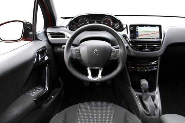 Peugeot 208 1.2 PureTech 110 KM Allure