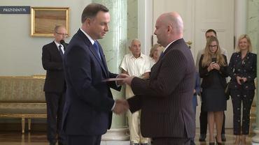 20.09.2018, Warszawa, Ryszard Witkowski otrzymuje nominację na Sędziego Sądu Najwyższego z rąk prezydenta Andrzeja Dudy.