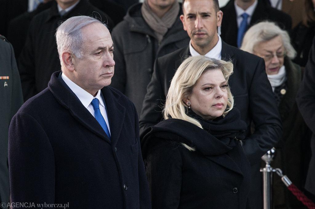 Premier Izraela Beniamin Netanjahu wraz z małżonką Sarą składają wieniec pod pomnikiem Bohaterow Getta. Warszawa, 14 lutego 2019