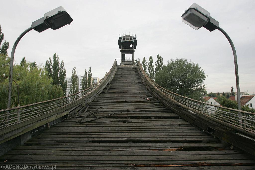 Rozbiórka skoczni narciarskiej przy ul. Czerniowieckiej na Mokotowie