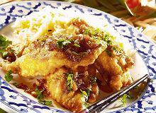 Ryba w cieście z pikantnym sosem - ugotuj