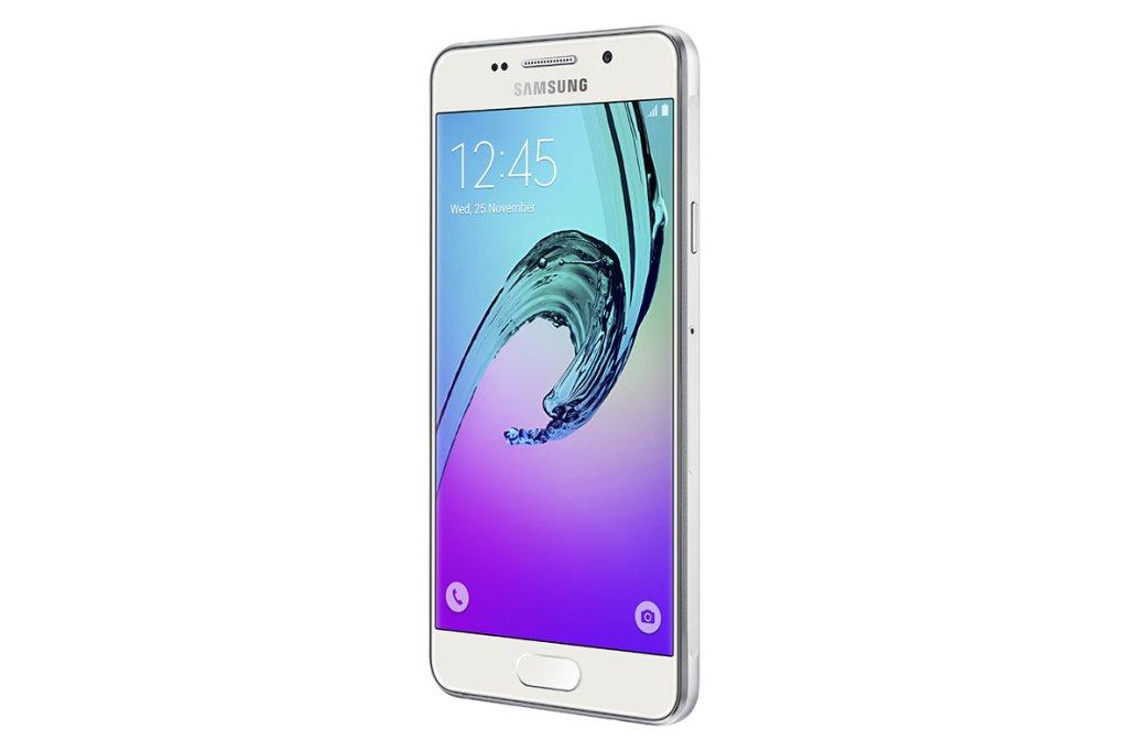 Samsung odświeża serię Galaxy A. Na zdjęciu Galaxy A3 (2016)