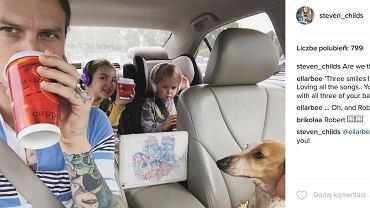 Steve Childs z dziećmi