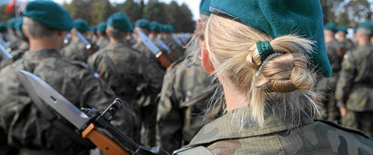 Gwałt w wojsku. Prokuratura umorzyła śledztwo, a sąd uznał to za