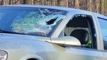 Samochód z pijanym kierowcą po obywatelskim zatrzymaniu