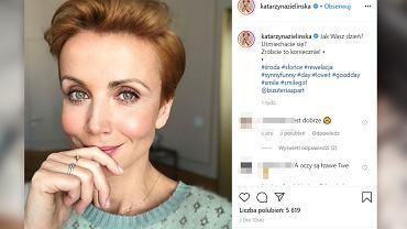 Katarzyna Zielińska nowa fryzura. Postawiła na bardzo odważny kolor włosów! Jest nie do poznania. Fani podzieleni