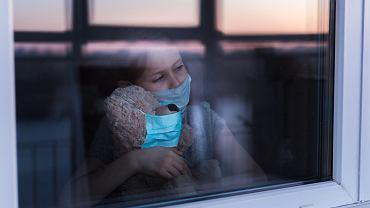 Dziecko z koronawirusem