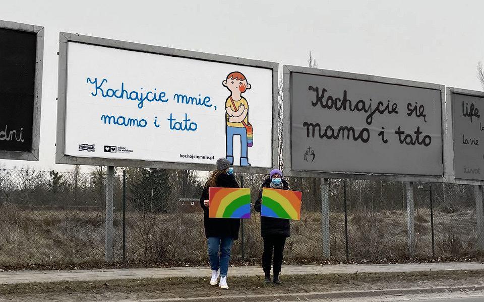 Akcja: 'Kochajcie mnie, mamo i tato'