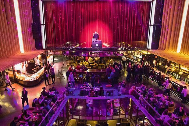 Platea - wielki kompleks restauracyjno-rozrywkowy