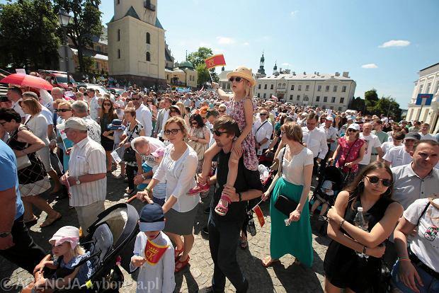 Zdjęcie numer 0 w galerii - Tłumy na Marszu Dla Życia i Rodziny w Kielcach [DUŻE ZDJĘCIA]