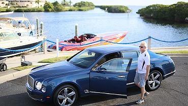 Bentley i Steve Curtis